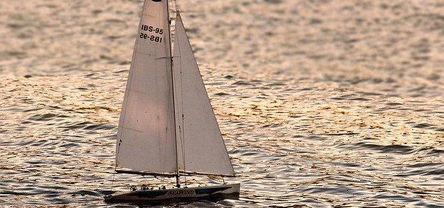 【歌詞】オリジナル作品、タイトル「海と青春」